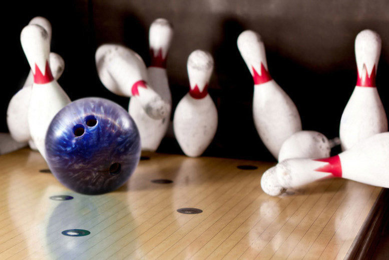 The Best Deal Guide - £8 instead of £20.50 for two games of ten pin bowling for two people with a hot dog or chips each, £15 for four people at MFA Bowl, Blackpool - save up to 61%