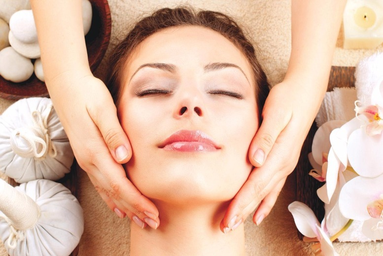 The Best Deal Guide - £16 for a luxury Indian head massage from Golden Beauty Spa