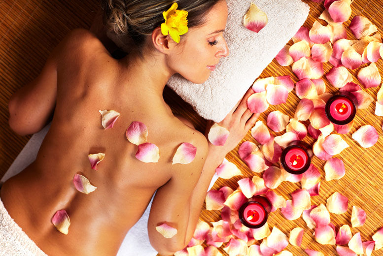 The Best Deal Guide - £21 instead of £40 for a luxury 30-minute neck, back & shoulder massage from The Heavens Salon and Spa - save 48%