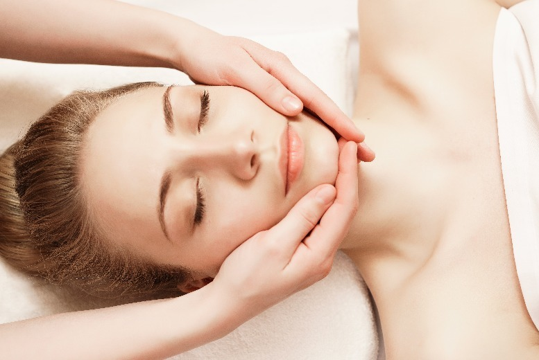 The Best Deal Guide - £29 instead of £60 for a london luxury facial from The Heavens Salon and Spa - save 52%