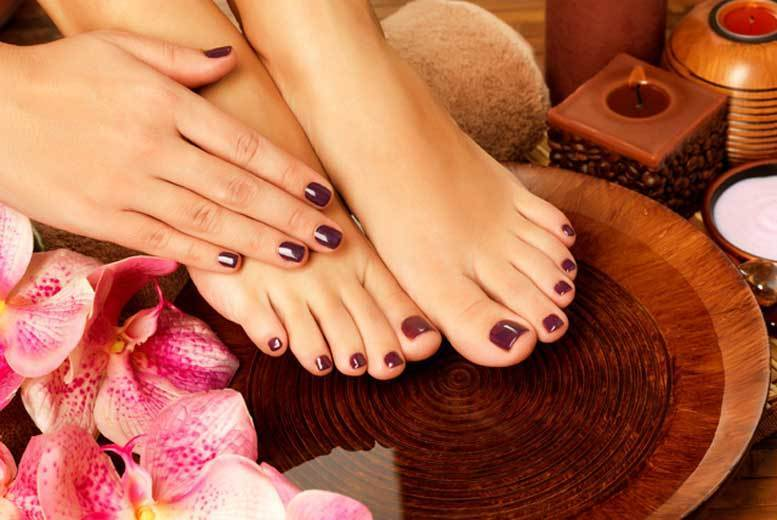 The Best Deal Guide - £9 instead of £25 for an express shellac gel manicure, £12 for a gel pedicure or £19 for both from For Him & Her Beauty Clinic, Croydon - save up to 64%