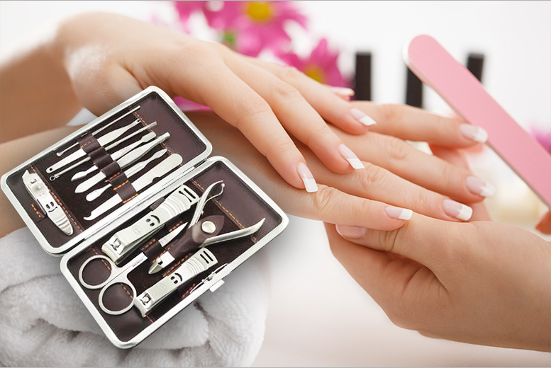 The Best Deal Guide - £3.98 instead of £9.99 for a 12-piece LaRoc manicure set from Jazooli - save 60%