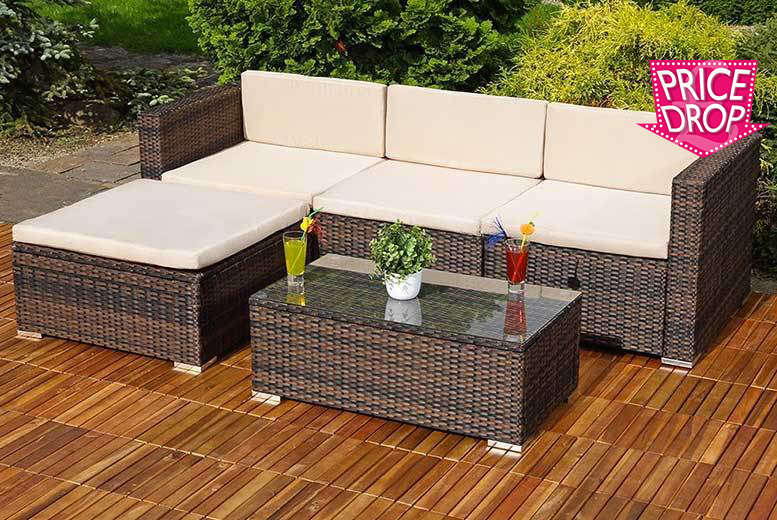 The Best Deal Guide - £239 instead of £669.01 (from Dining Tables) for a three-piece rattan corner sofa set, with a limited number available for just £229 - save up to 66%