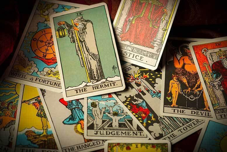 The Best Deal Guide - £6 instead £31 for a 12-month email tarot card reading from Andy Hopkins International Spiritualist Medium - save 81%
