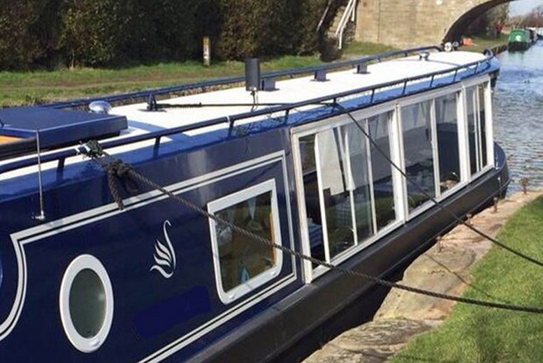The Best Deal Guide - £14 instead of £39 for a canal cruise with afternoon tea for one, £28 for two people or £54 for four people with Blue Swan Boat Hire, Ormskirk - save up to 64%