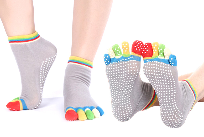 The Best Deal Guide - £4.99 instead of £19.99 for a pack of four anti-slip yoga socks from Ckent Ltd - save 75%