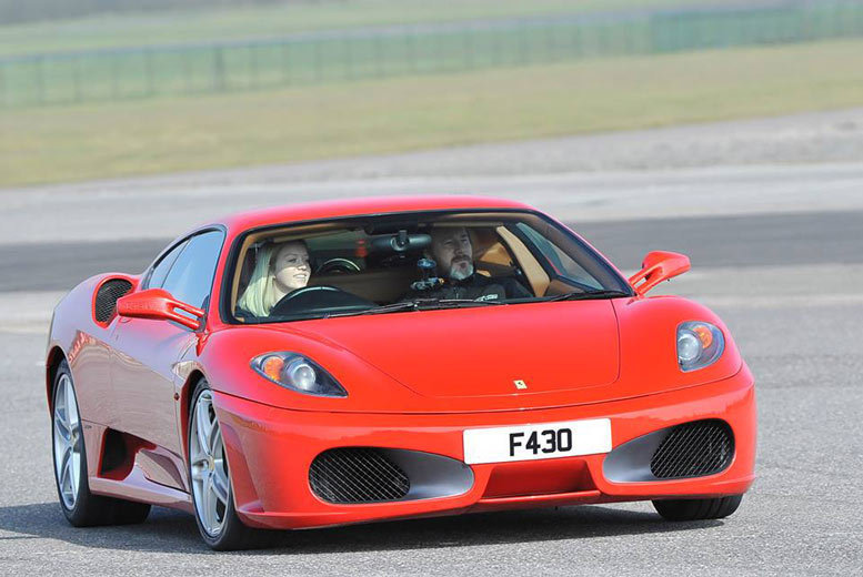 The Best Deal Guide - From £39 for a three-lap Ferrari driving experience, or from £75 for a six-lap experience with Supercar Test Drives - choose from eight locations and save up to 74%