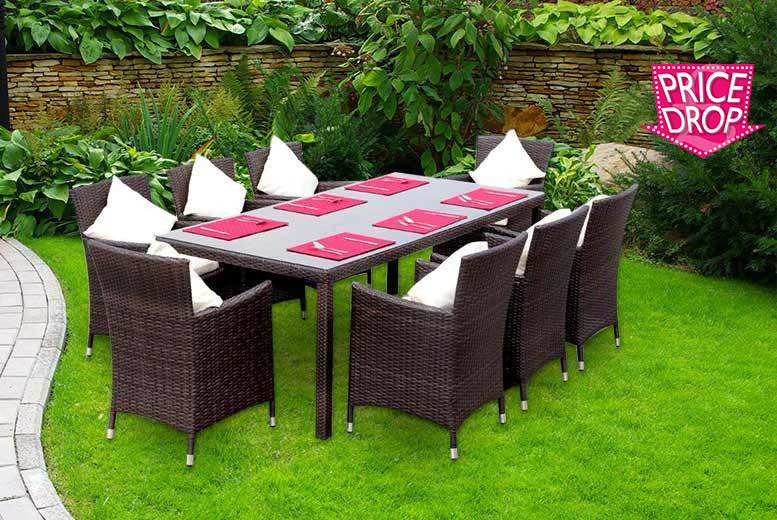The Best Deal Guide - £289 instead of £1,299.99 for an an eight-seater rattan dining set from Giomani Designs  - save 78%