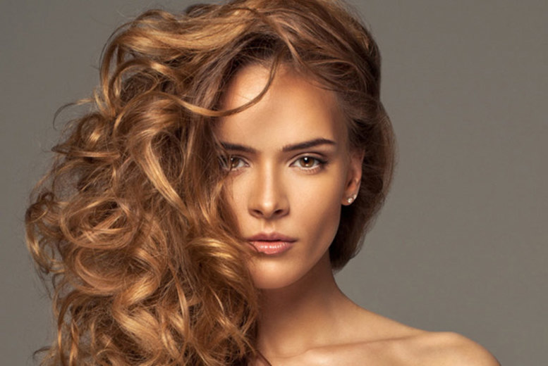 The Best Deal Guide - £12 instead of £23.95 for a haircut and blow dry, or £24 to include a half head of highlights at Platinum Hair & Tanning, Newcastle - save up to 50%