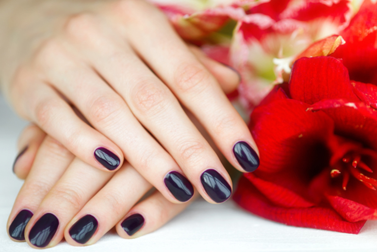 The Best Deal Guide - £9 instead of £20 for a shellac manicure or pedicure, £15 for both at Perfect Pout Salon, Paisley - save up to 55%
