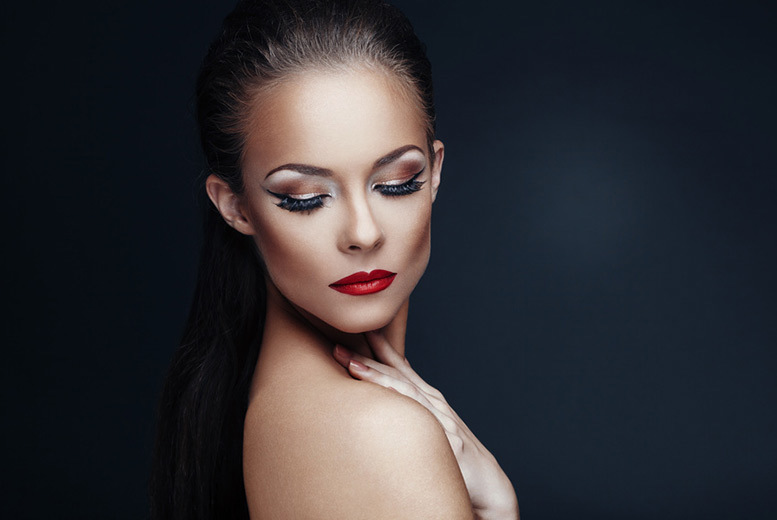 The Best Deal Guide - £12 instead of £410 for a choice of makeover photoshoot for one with three digital images and a goody bag, £17 for two people from Embassy Studio, Shaftesbury Avenue - -save up to 97%