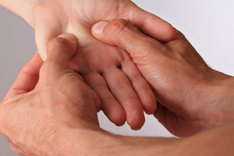The Best Deal Guide - £12 instead of £150 for an online hand reflexology course from One Day Courses - save 92%