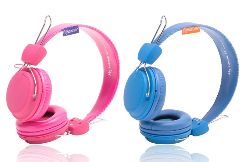 The Best Deal Guide - £9.99 instead of £22 (from eOutlet) for a pair of sticker-customisable KidzSafe™ headphones - choose blue or pink and save 55%