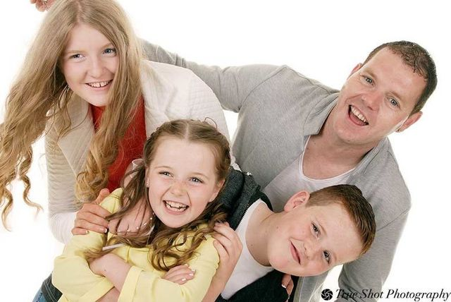 True shot photography dublin family photoshoot voucher €10 activities deals in dublin south livingsocial
