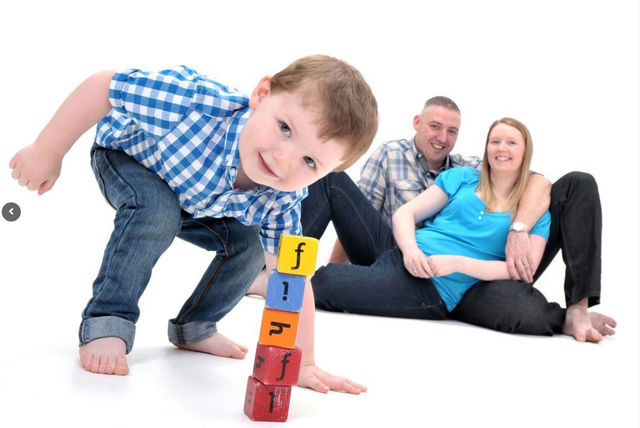 Family photoshoot prints gareth doe photography wigan
