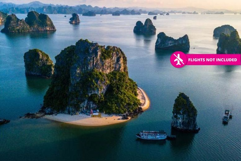 8-Day North Vietnam Adventure - Visit Hanoi, Halong Bay & Sapa!