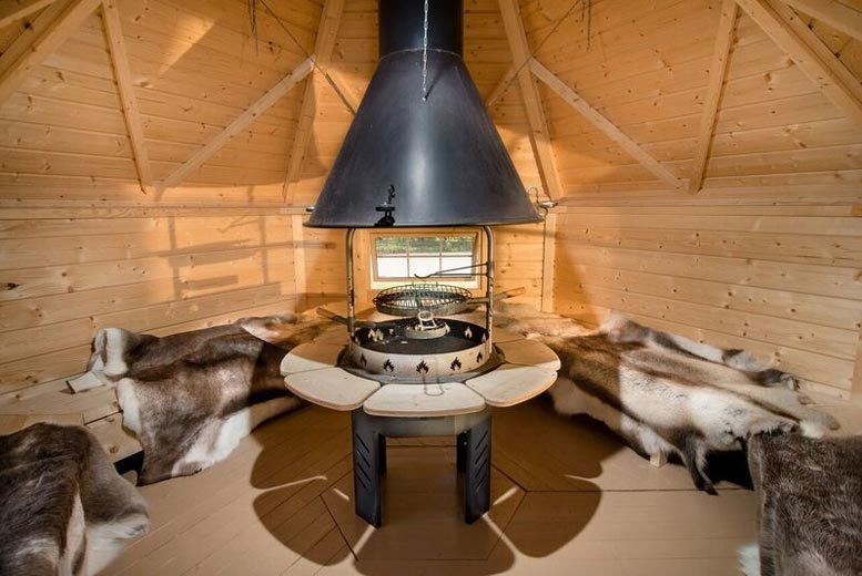 Elton Barn BBQ Hut Glamping Experience & Fishing for up to 4