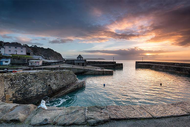 2nt 4* Cornwall Seaside Stay & Breakfast for 2 - Dinner Option!
