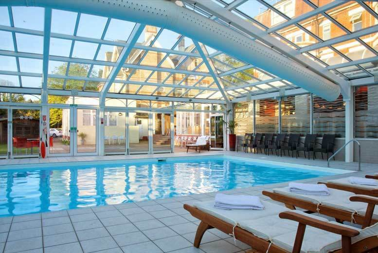 Bournemouth Retreat, Breakfast, Dinner, Wine & Spa Access for 2